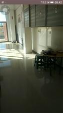 辉南镇和乐佳苑门面房简单装修