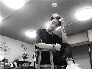 【帅男秀场】传建康?康康?