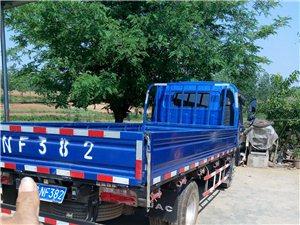 本人出售一辆江淮骏铃轻卡,原车原版,今年二月底上的户,一万三千多公里,现改行出售,有感兴趣的可以来看