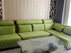低价出售九成新沙发
