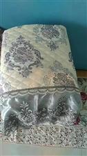 这样的沙发座垫漂亮,实用…注要是价格还很合理……前十名更多优惠……高端的真皮沙发价格也不高…希望亲们