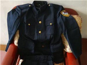 崭新毛料制服一套廉价出售
