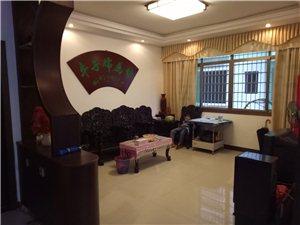 小有四室最佳楼层带全套家具和煤房,证件齐可按揭