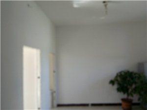 房屋出租,有意者请联系电话18840325153