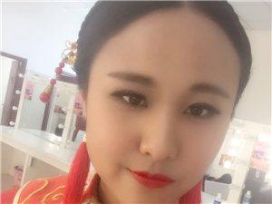 【美女秀场】莫小在 26岁 巨蟹座 销售