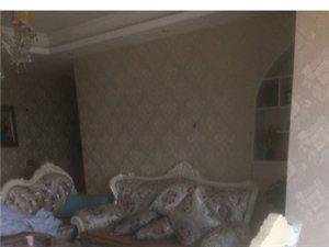 龙腾御景3室2厅2卫1300元/月