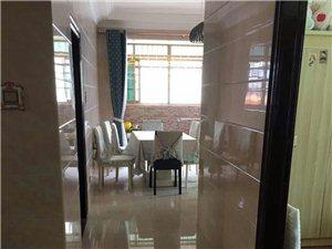 恒和家园3室2厅2卫2100元/月