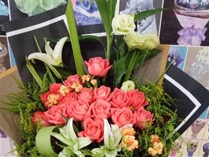 炎炎夏日,吉祥花艺为大家送清凉。即日起,凡在本店购买鲜花(生日花束,情人节礼物,新娘手捧花,开业花篮