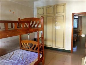 颖如桥(楼中楼)3室2厅2卫1500元/月