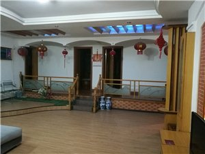 枝江市团结路小学院内4室2厅2卫48万元