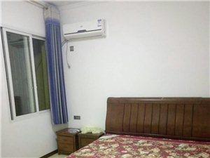 其它小区1室1厅1卫900元/月