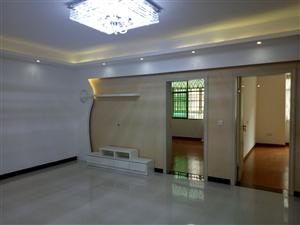 新区步行街3室2厅1卫带阳台45.8万元