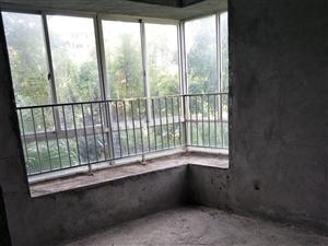 花半里2室2厅2卫50万元
