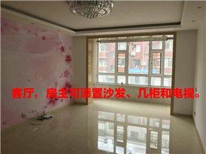 龍興公馆2室1厅2卫2300元/月