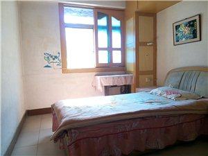 市政公寓3室2厅1卫1280元/月