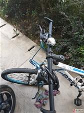 新二手山地自行车低价出售900元原价2200元