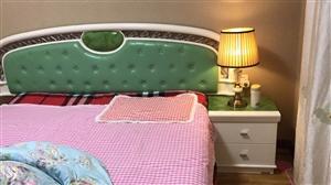 大床带品牌床垫,五门立柜,全友牌子139...
