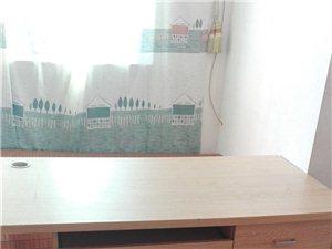 九成新办公桌转让