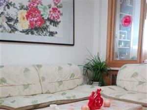 沙发、茶几,八成新,没怎么用