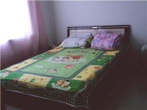 怡和花坛2室2厅1卫600元/月