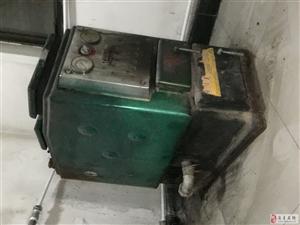 因煤改气,现处理反烧锅炉一个,七成新,260平供热面积,有意者电联13785231286