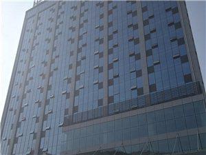 福源大厦全玻璃幕墙框架出租