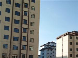 红豆庭苑3室2厅1卫48万元