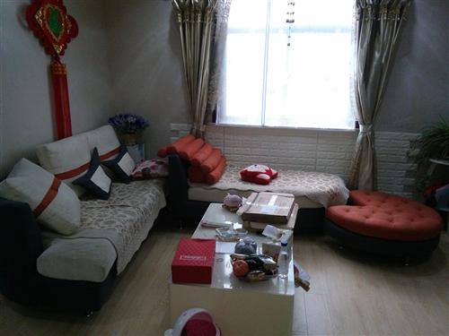 沙发一套,八成新,300处理139529...