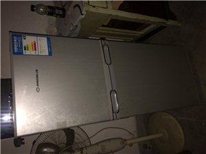 9成新容声冰箱,原价900元、现低价30...