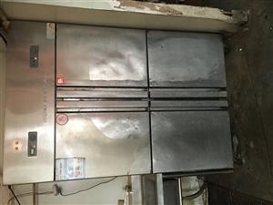 大量出售各种餐具,厨具,冰柜,冰箱,空调...
