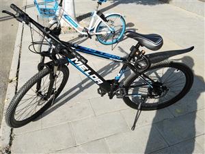 九五成新山地自行车出售600元,价格可商...
