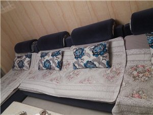 沙发刚用了一年可以到家来看看在商量价格…...