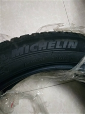 一条全新米其林特价四季轮胎255 �D45 r19