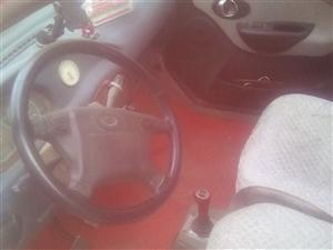 红色四轮电动车五块加液电瓶换车了用不到了...