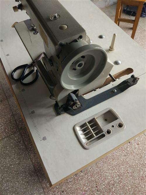本人有几台二手缝纫机(同步)8成新左右及...