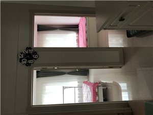 天星高层2室1厅1卫13000元/月