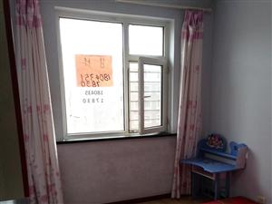 朝阳明珠小区5楼中门2室1厅1卫25万元