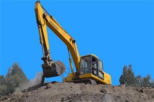 求购二手挖掘机,6-13顿,150左右,...
