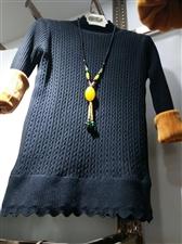 女士加厚加绒毛衣,均码,颜色可选,黑,绿,黄。需要的加我微信zxx36999