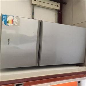 在用双层冰箱,因本人工作调动无法带回老家...