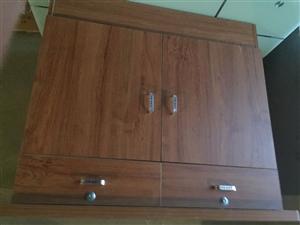 全新柜子。 无破损。无损坏。自用全实木。...