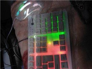出售新键盘鼠标一套,因为和朋友组电脑的时...