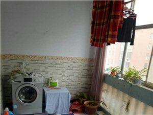 未来花园3室1厅1卫2000元/月