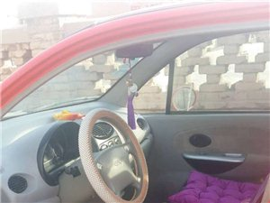 奇瑞QQ8,旗舰版。电动车窗!全新内饰!