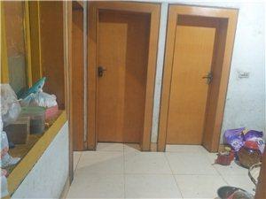 粮食局家属房3室2厅1卫12800元/月