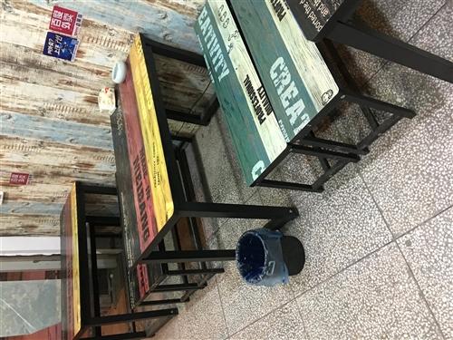小吃店桌椅全套轉讓。ins風格小清新的~...