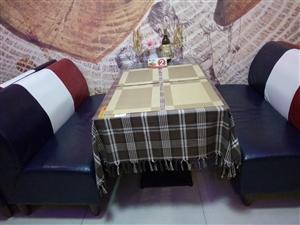 长桌120cm长*70宽*75高(6张):160元/张, 短桌70cm长*70宽*75高(6张):...