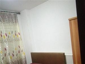 丰泽苑7室1厅1卫550元/月