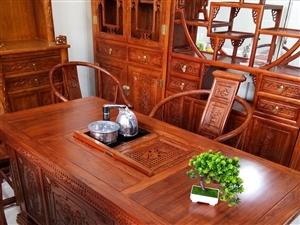 1.6米茶道,带五把椅子,真正老榆木,4200元,送货到家。15076609513
