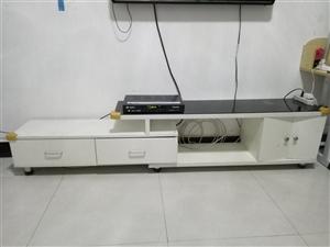 简易电视柜,使用不??一年,九成新,因搬新家搁不住,甩!